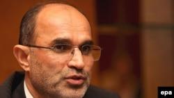 نوذری: «تمام نفت ایران به ارزهای غیر دلار فروخته می شود.»