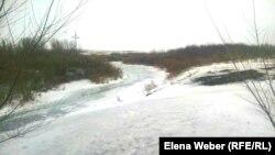 Река Нура, вдоль которой расположены 15 поселков, находящихся под угрозой подтопления. Карагандинская область, 27 марта 2017 года.