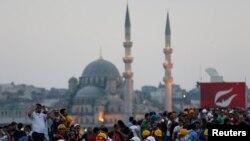 Protestat antiqeveritare në Turqi - 16 qershor 2013.