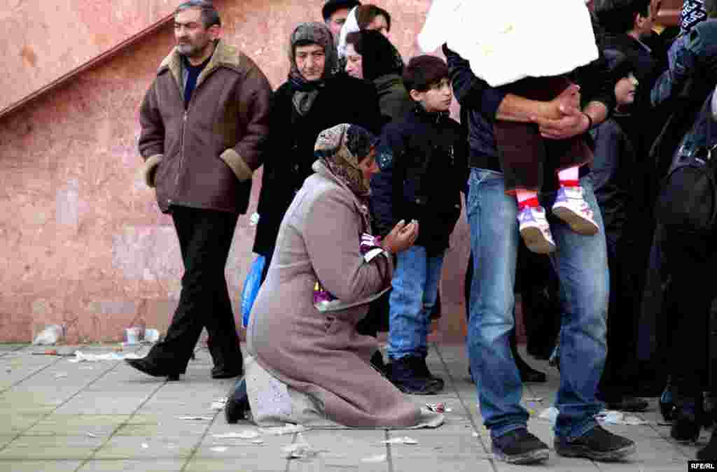 Marking Ashura In Azerbaijan #19