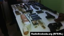 Зброя, яку під час затримання підозрюваного вилучили правоохоронці