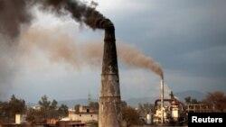 Ugalj, glavno gorivo crnogorske industrije (ilustracija)