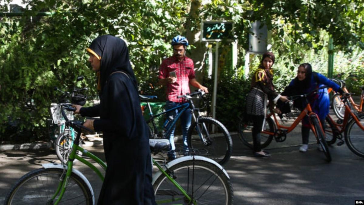 Risultati immagini per road bicycle