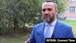 Иззат Амон переехал в Москву в 2000 году и способствовал созданию «Центра таджиков в Москве». После его принудительной депортации в Душанбе его никто не видел.
