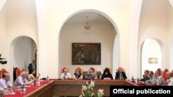 Armenia - Prime Minister Tigran Sarkisian (C) meets with writers and other prominent intellectuals, 22Jul2011.