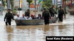 Përmbytjet në Japoni