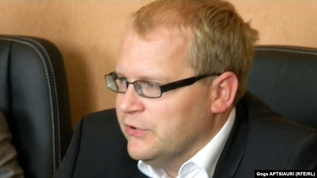 Estonian Foreign Minister Urmas Paet (file photo)