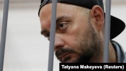 Кирило Серебренников у залі суду в Москві, 23 серпня 2017 року