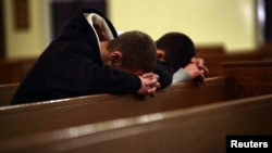Молитва за жертв трагедии