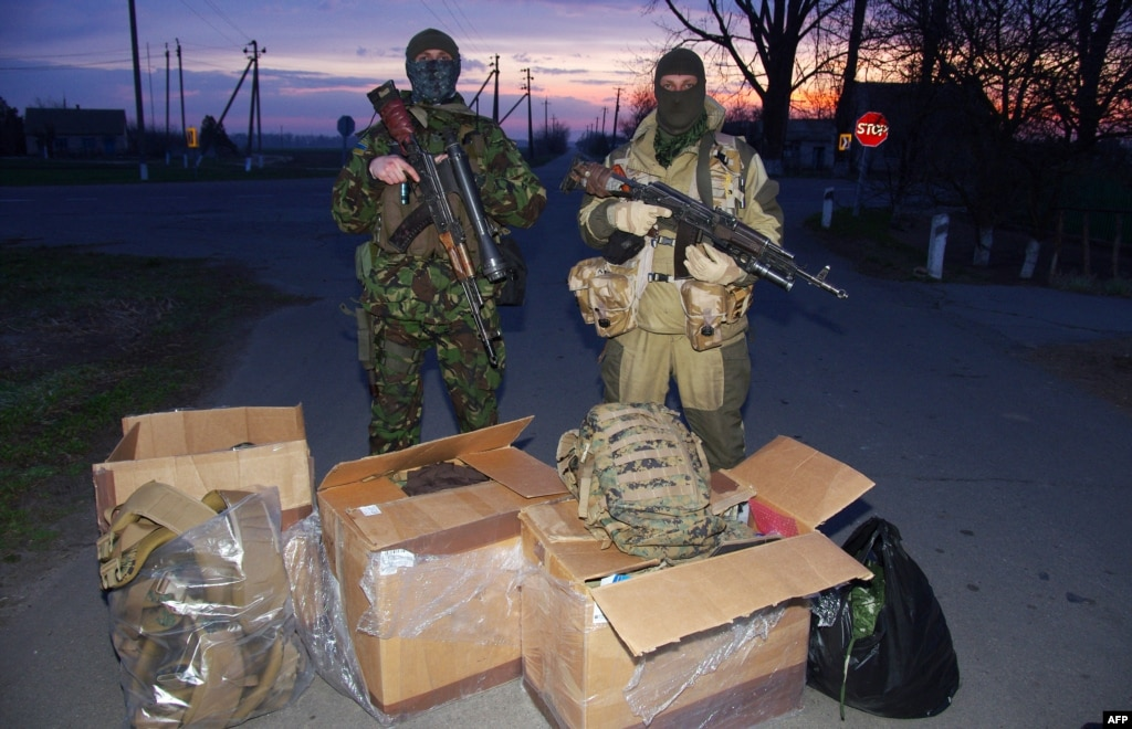 Army In Need: Volunteers Try To Get Supplies To Ukraine's ...