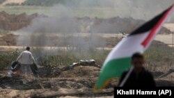 تظاهرات این بار فلسطینیان با نام «جمعه لاستیکهای مشتعل» در چارچوبِ «راهپیمایی بازگشت میلیونی» برگزار شده است.