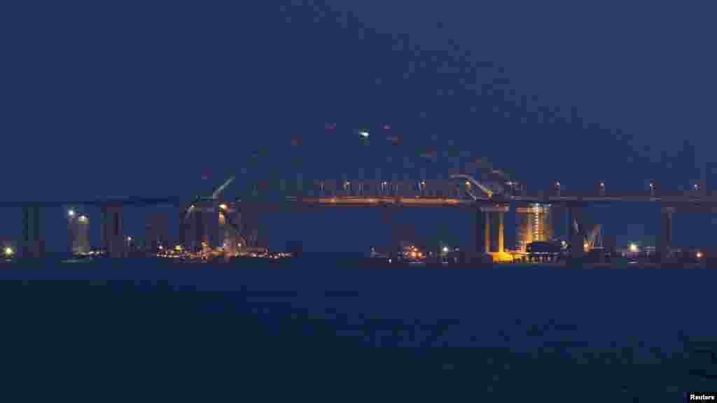 Вид на Керченський міст з боку Росії