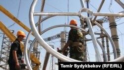 Кыргызстандык энергетиктер.