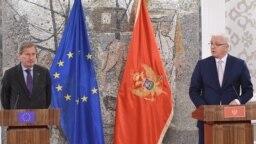 Komesar Johanes Han i premijer Crne Gore Duško Marković