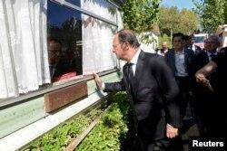 Франсуа Олланд прибыл в зону бедствия