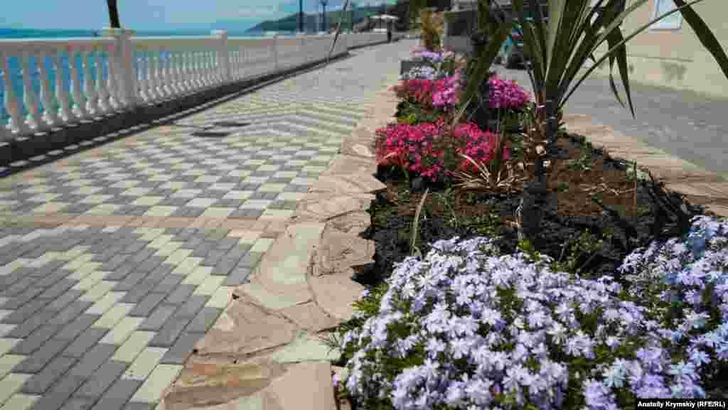 400 метров променада на набережной отремонтировали за счет местных предпринимателей к началу прошлогоднего курортного сезона