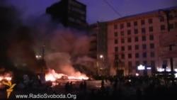 Пожежу на Грушевського загасили рятувальники і протестувальники