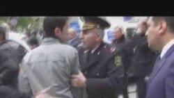 Polis ADNA-da anım mərasiminin qarşısını alır