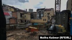 Mjesto budućeg stambeno-poslovnog objekta u blizini pijace Markale u starom dijelu Sarajeva.