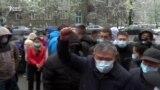 «Даже маски не выдали». Сотрудники неотложки вновь протестуют