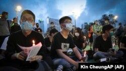 Акция протеста в Гонконге во время пандемии коронавируса.