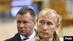 Евгений Зиничев в свою бытность охранником Владимира Путина