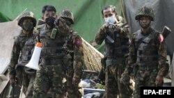 М'янма: силовики вбили 38 протестувальників, включно з дітьми (фоторепортаж)