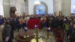 Sabor SPC u Nikšiću: Moštima sveca protiv zakona