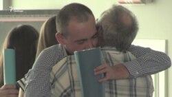 Четверо полонених після звільнення пройдуть фільтраційну перевірку СБУ – відео