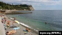 Пляж в Партените, иллюстрационное архивное фото