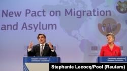 Potpredsednik Evropske komisije Margaritis Šinas i komesarka za unutrašnje poslove Ilva Johanson predstavljaju Novi pakt o migracijama i azilu