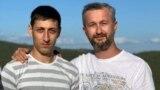 Асан Ахтемов (ліворуч) і Наріман Джелял