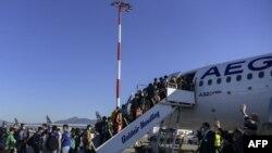 پر دې سربېره جرمني ویلي، هغو ۱۵۰ بېسرپناه ماشومانو ته هم پناه ورکوي چې د یونان کمپونو کې اوسېږي.