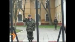 Згадуємо, як це було: сімферопольські жінки підтримали українських військових (відео)