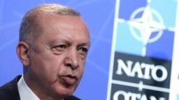 Реджеп Эрдоган на саммите глав государств НАТО в Брюсселе. 14 июня 2021 года