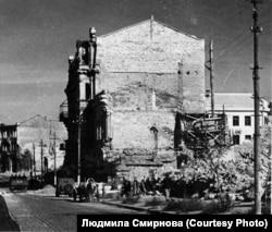 Разрушенное здание Севастопольской картинной галереи. 1942 г.