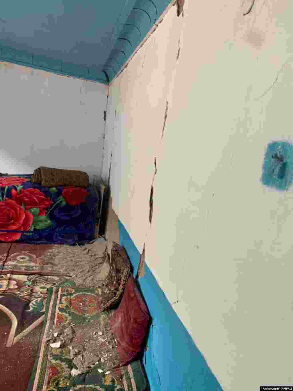 Харобиҳои зилзила дар ноҳияи Тоҷикобод, 10-уми июли соли 2021