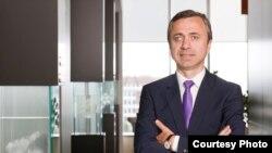 Ionuț Simion, este președintele AmCham și country managing partner al companiei de consultanță PwC România