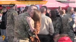 Черкащани у центрі міста проводжали на схід добровольців «Азову»