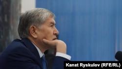 Мурдагы президент Алмазбек Атамбаев. Архивдик сүрөт.