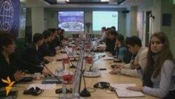 Dezbatere despre e-Guvernare