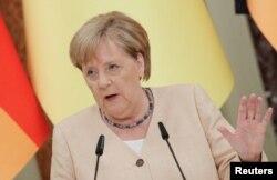 Ангела Меркель во время визита в Киев