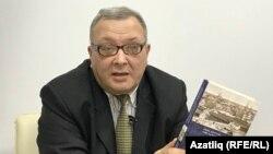 Тарихчы Игорь Кучумов