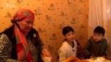 Данисте: Жери жок эне, тешилген жолдор