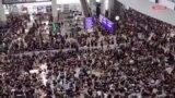 Hökumətə qarşı etirazlar genişlənir, aksiyaçılar aeroportu 'götürdü'