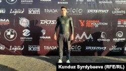Сузиш бўйича спорт устаси бўлган 21 ёшли Владислав Шулико марафонни 22 августда бошлаган.