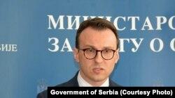 Директорот на Кабинетот на Владата на Србија за Косово, Петар Петковиќ