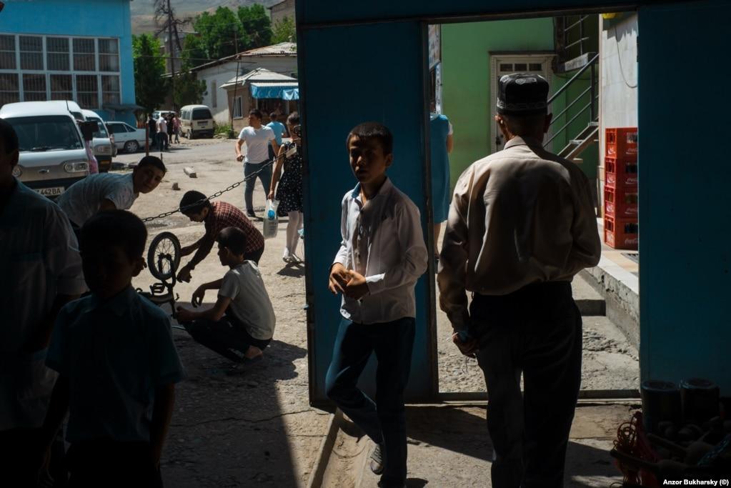A bustling bazaar in Urgut, near Samarkand.