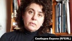 доц. Елена Кантарева - Дечева