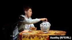 """""""Чын татар"""" тамашасыннан күренеш"""